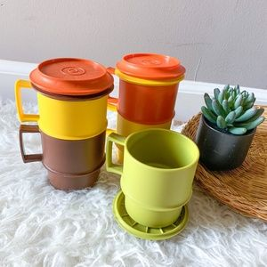 Vintage Tupperware Stackable Coffee Mugs with Lids